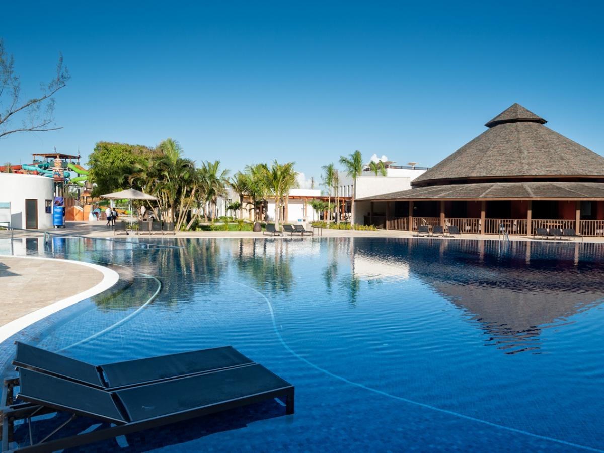 Royal white sands montego bay pictures