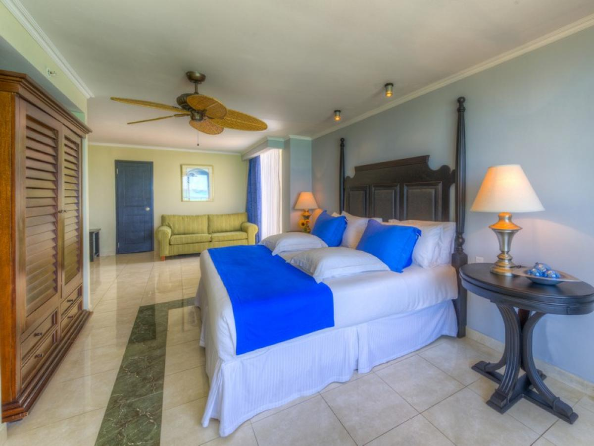 Barcelo Aruba - Grand Deluxe Concierge Ocean View Room
