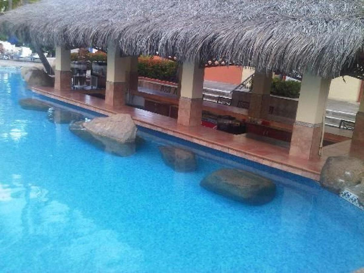 Barcelo Aruba -  Swim Up Bar