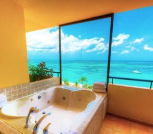 Barcelo Aruba - Premium Jacuzzi Ocean Front Room