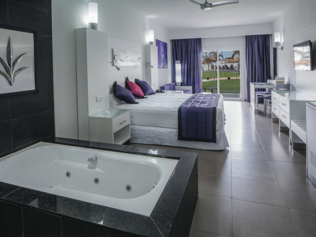 Riu Palace Antillas Superior Junior Suite