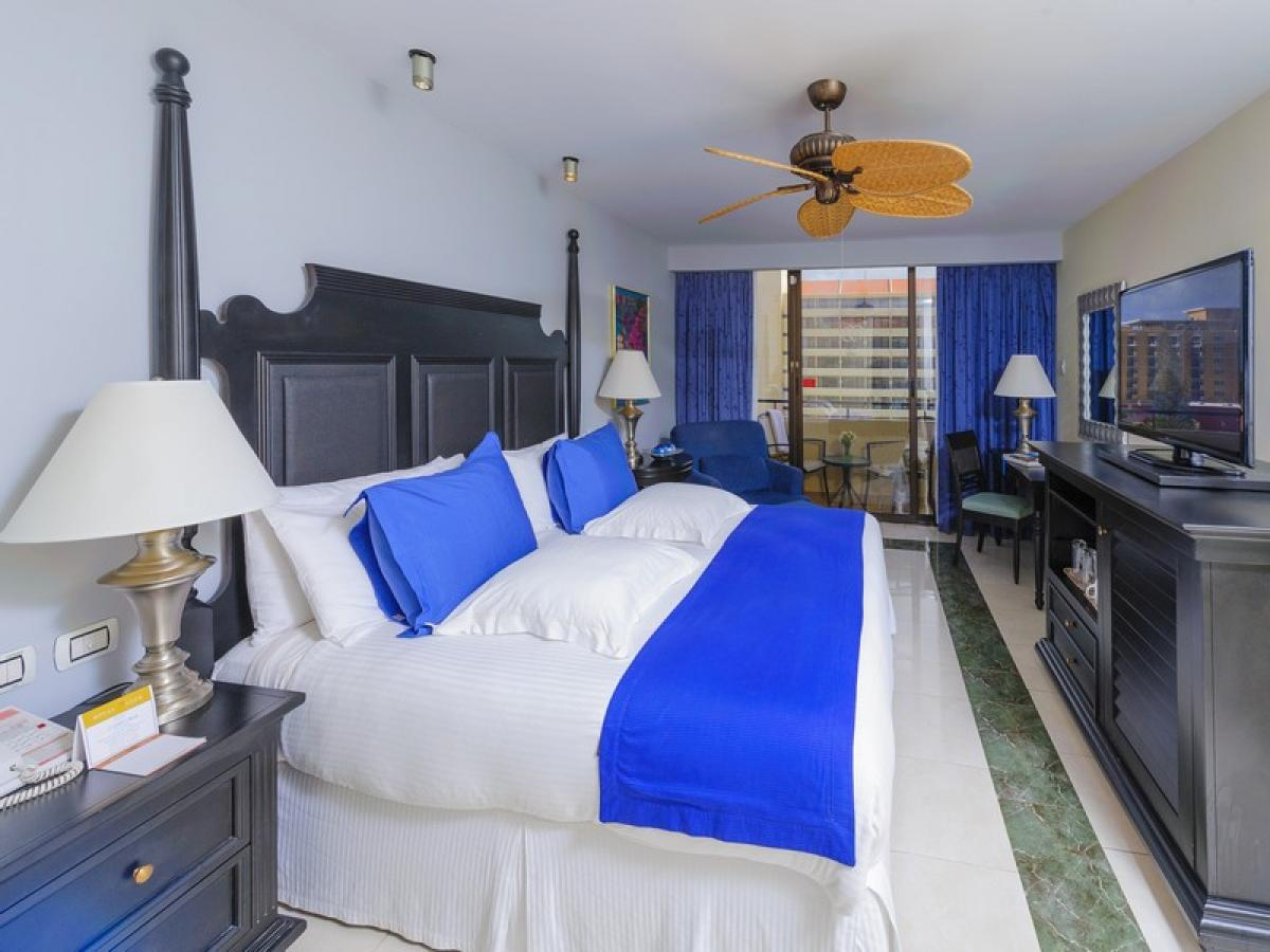 Occidental Grand Aruba - Royal Club Luxury Ocean View