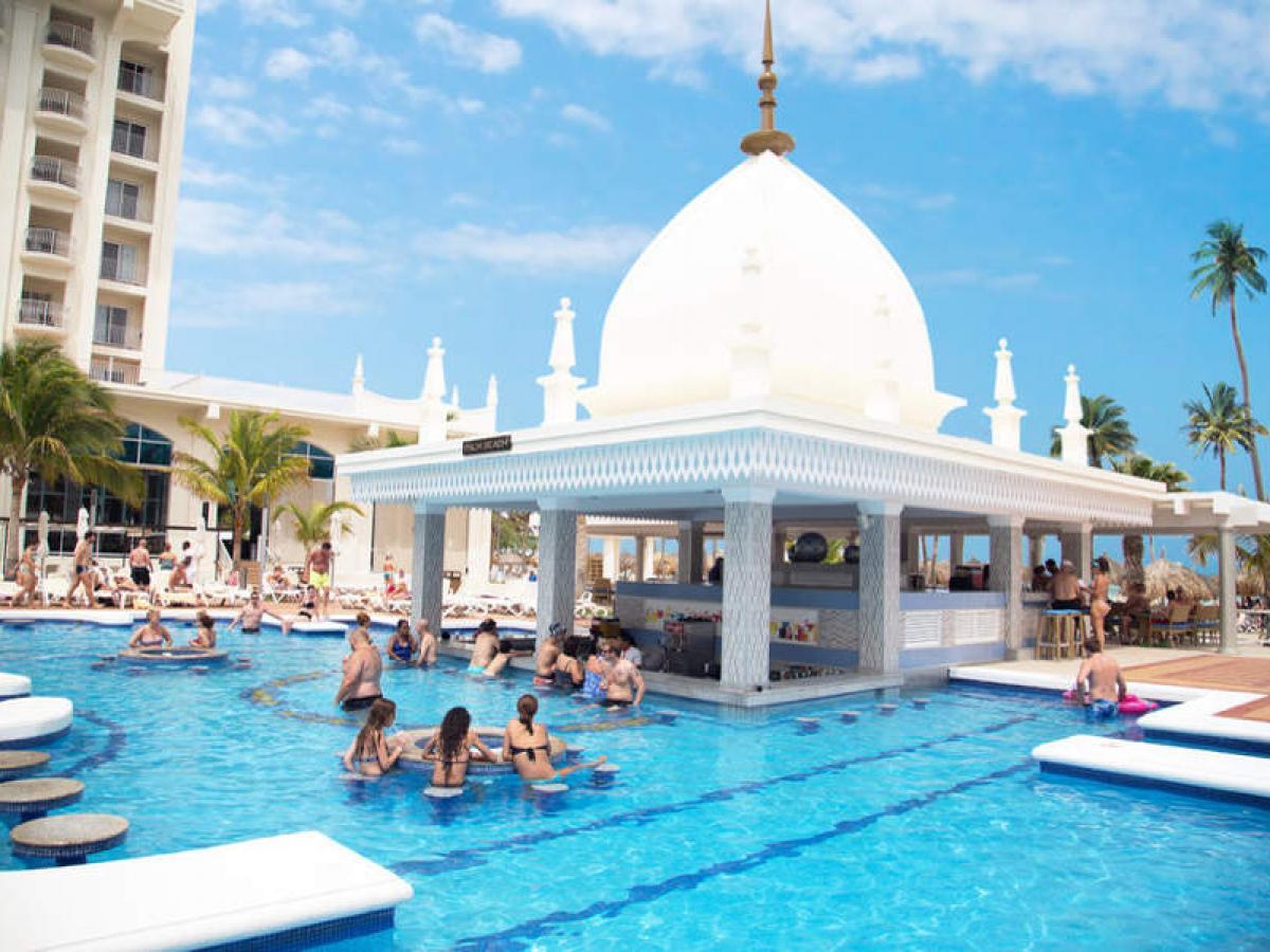 Riu Palace Aruba - Swim Up Bar