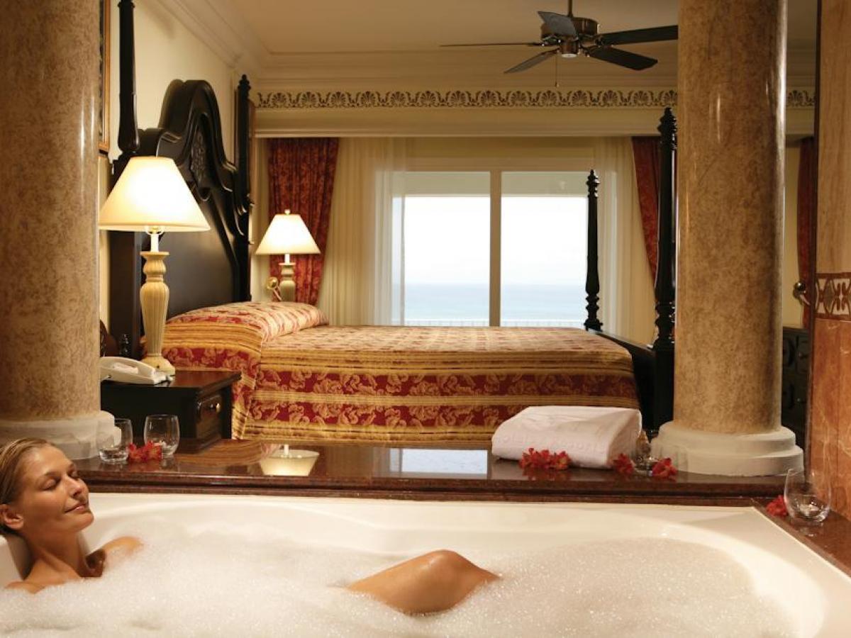 Riu Palace Aruba - Suite Jacuzzi Ocean View