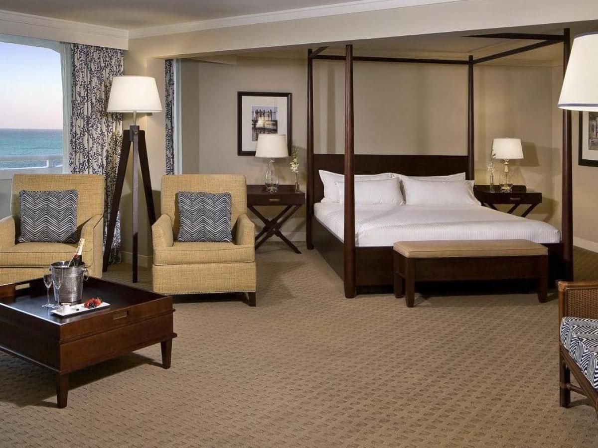 Melia Nassau Beach Bahamas - Level Junior Suite