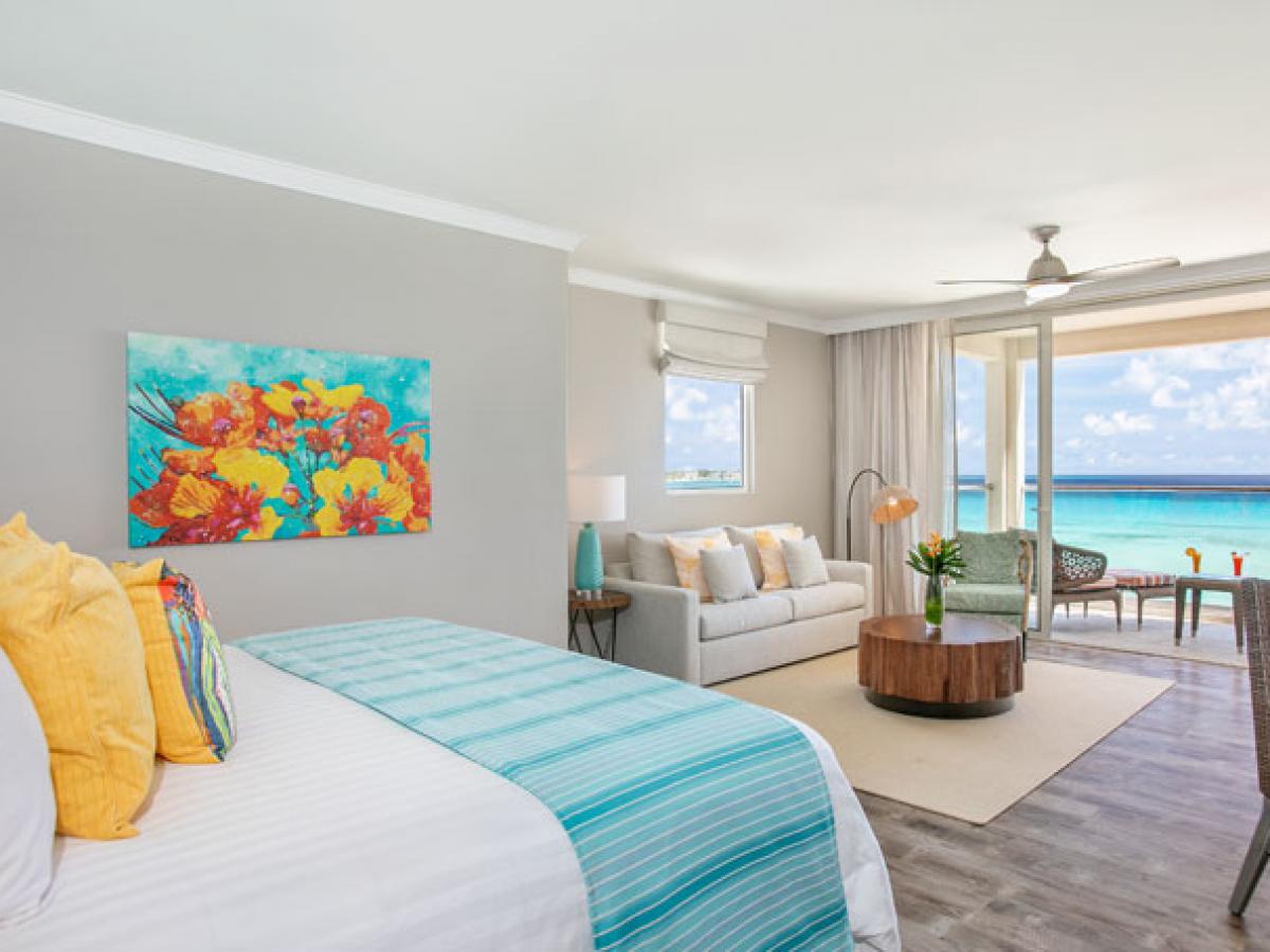 Sea Breeze Beach House - Oceanfron Junior Suite