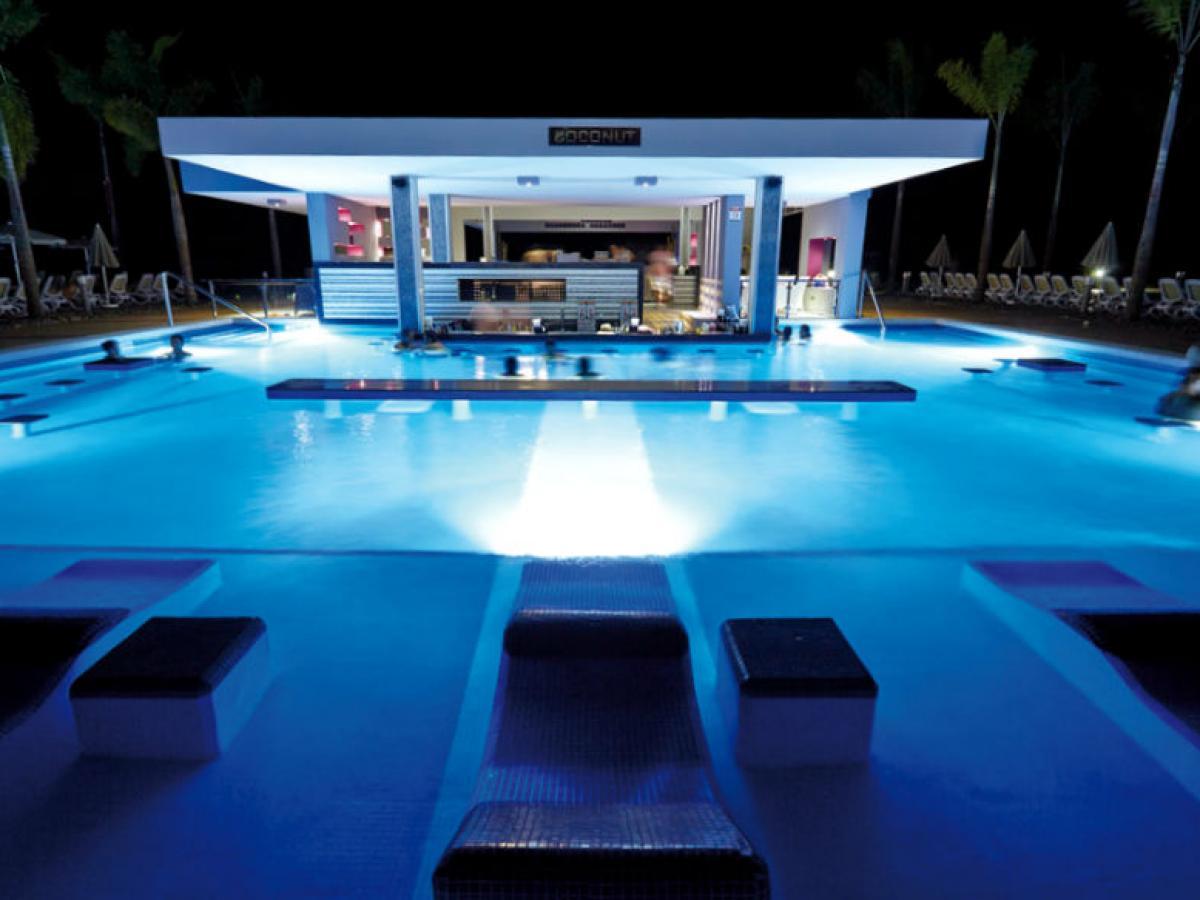 Riu Palace Costa Rica Guanacaste- Swim Up Bar