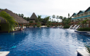 hilton laromana blue swim up bar