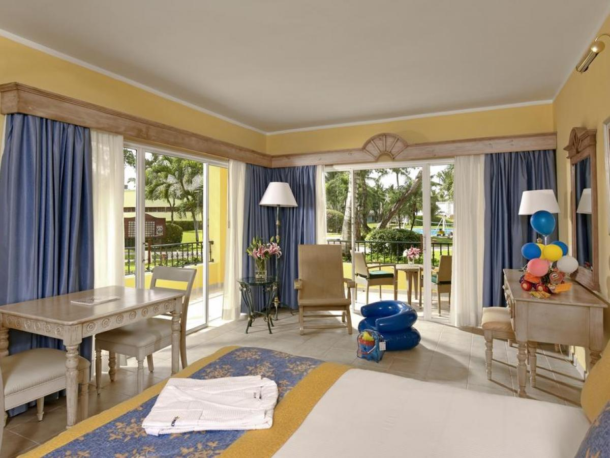 Iberostar Hacienda Dominicus - Family Room