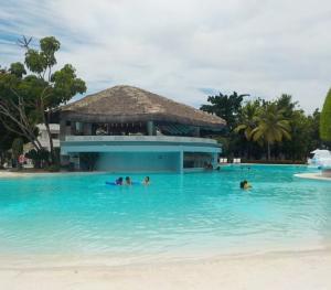Sunscape Puerto Plata - Swim up Bar