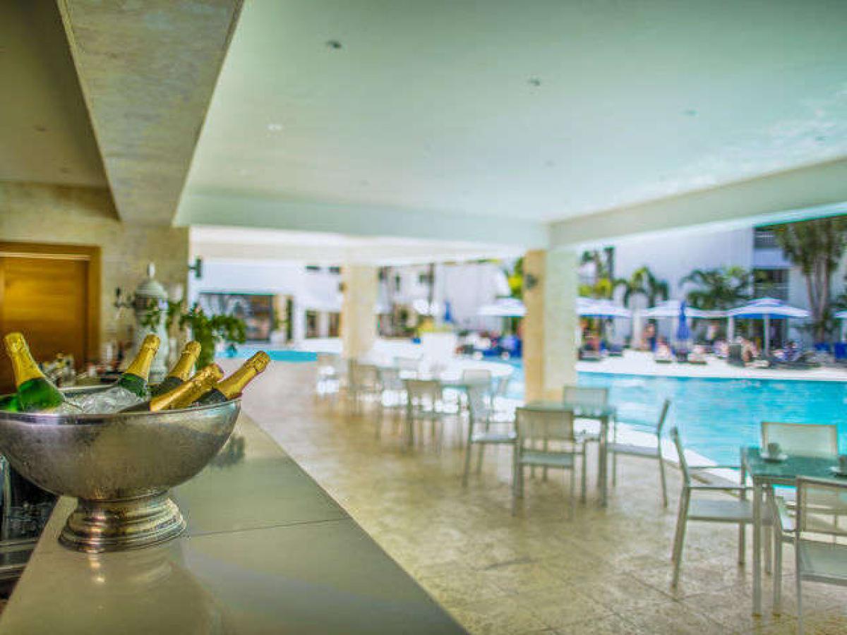 Viva Wyndham V Heavens Puerto Plata Dominican Republic - Lounge and Sports Bar