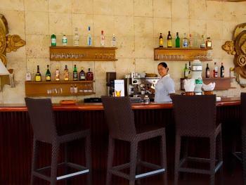 talonia Bavaro Beach, Golf & Casino Resort Punta Cana - Bar Cura