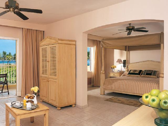 Dreams Punta Cana Resort & Spa - Deluxe Family Room