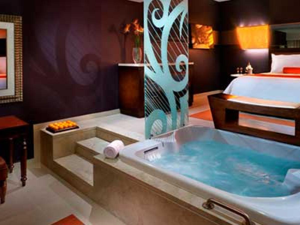 Hard Rock Hotel and Casino Punta Cana - Royal Royalty Level Caribb