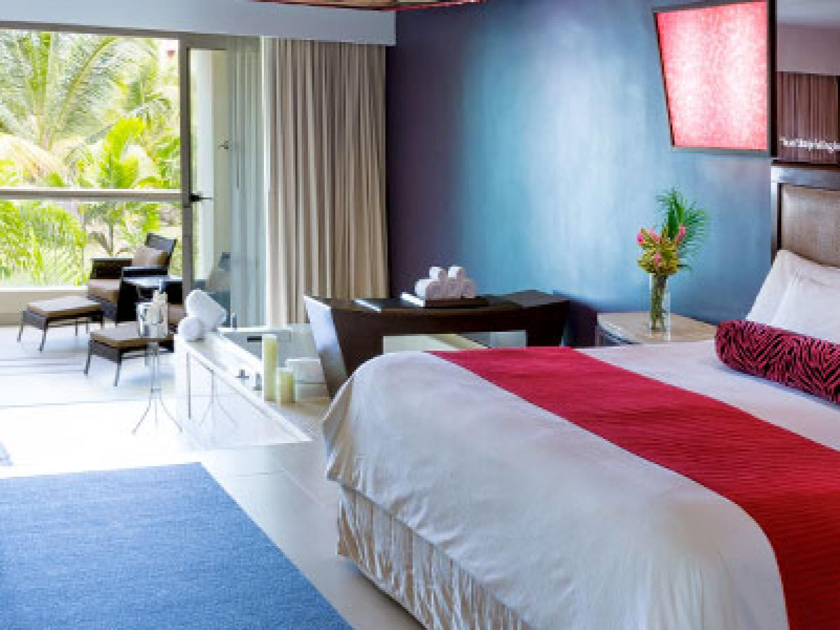 Hard Rock Hotel & Casino Punta Cana - Island Jr Suite King B