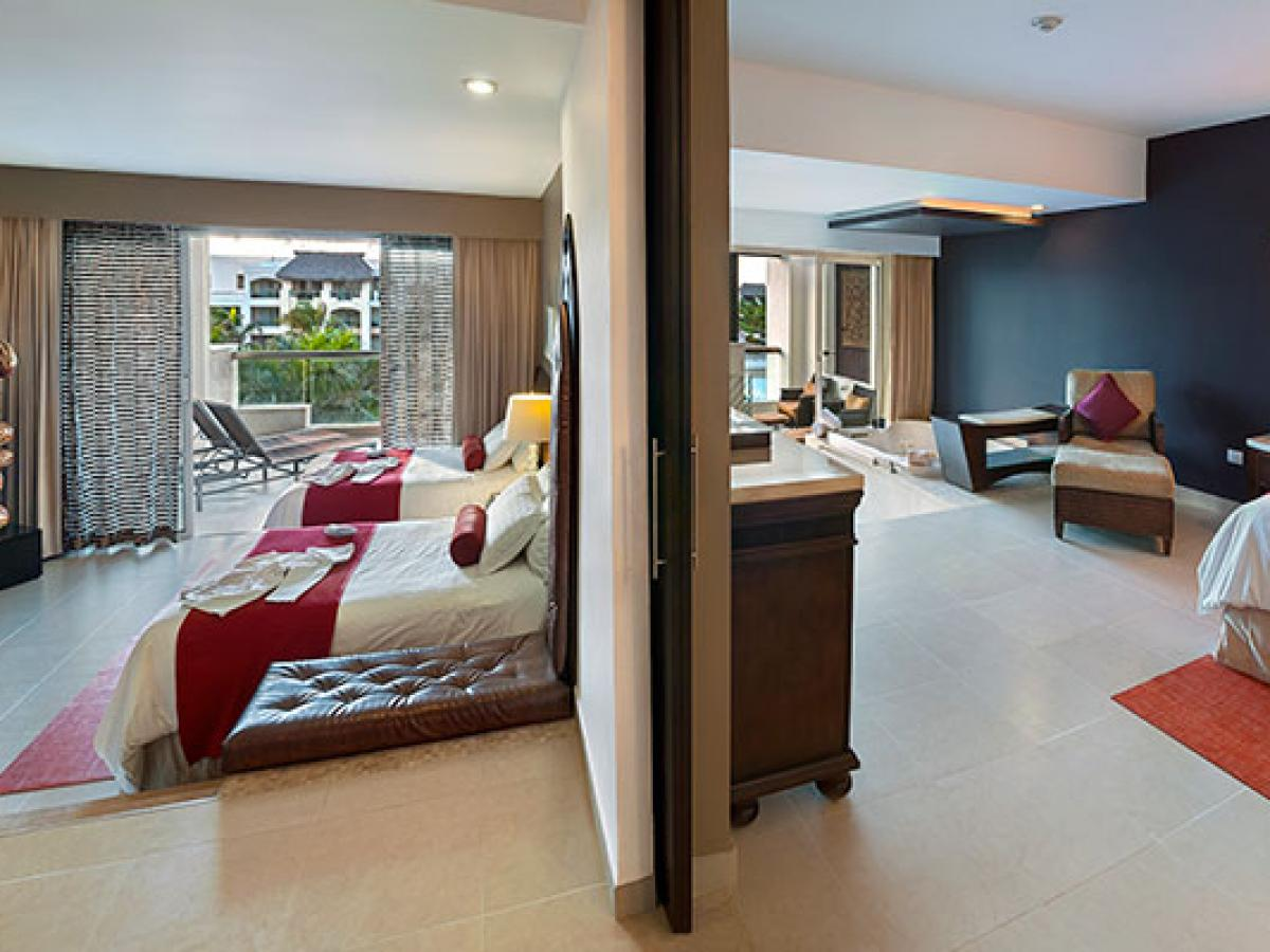 Hard Rock Hotel & Casino Punta Cana - Signature Family Suite 2 B