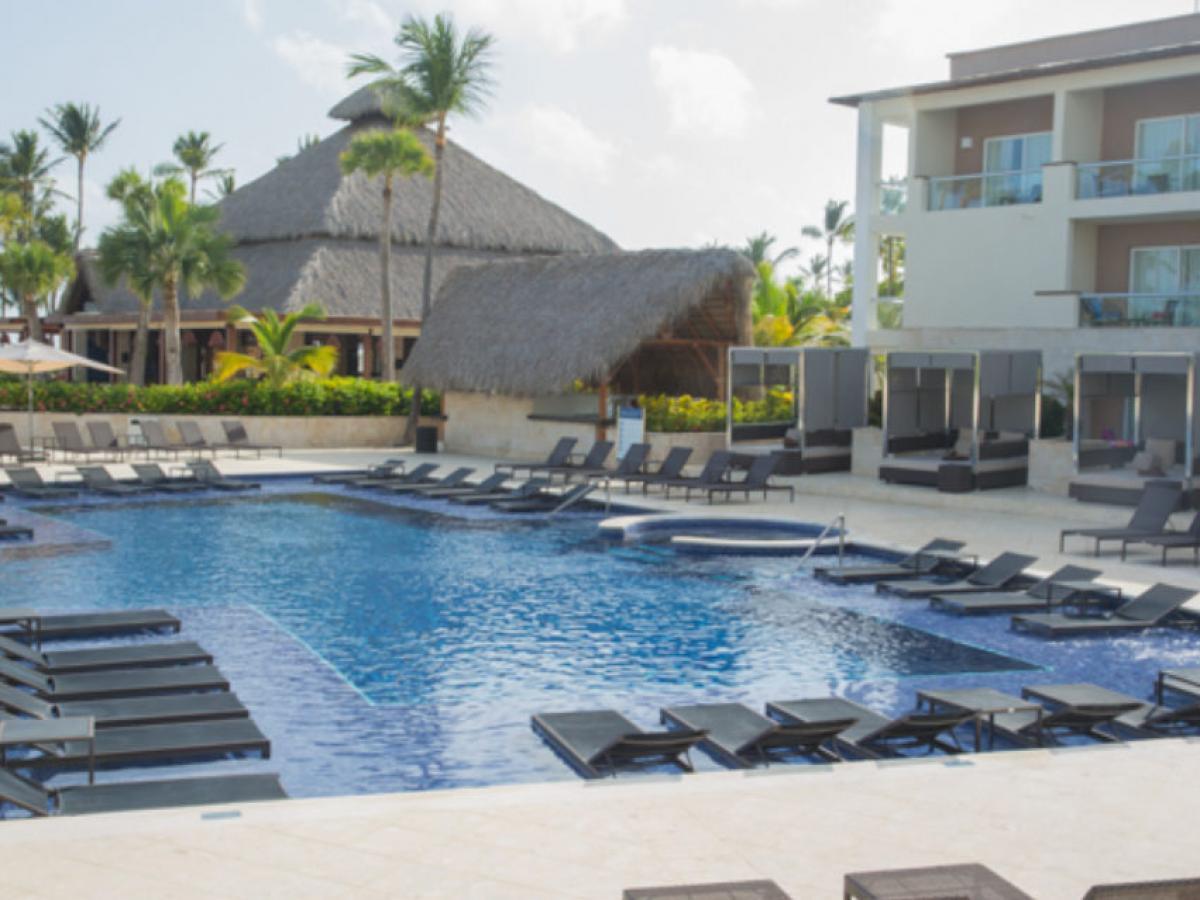Hideaway Royalton Punta Cana - Pool Bars