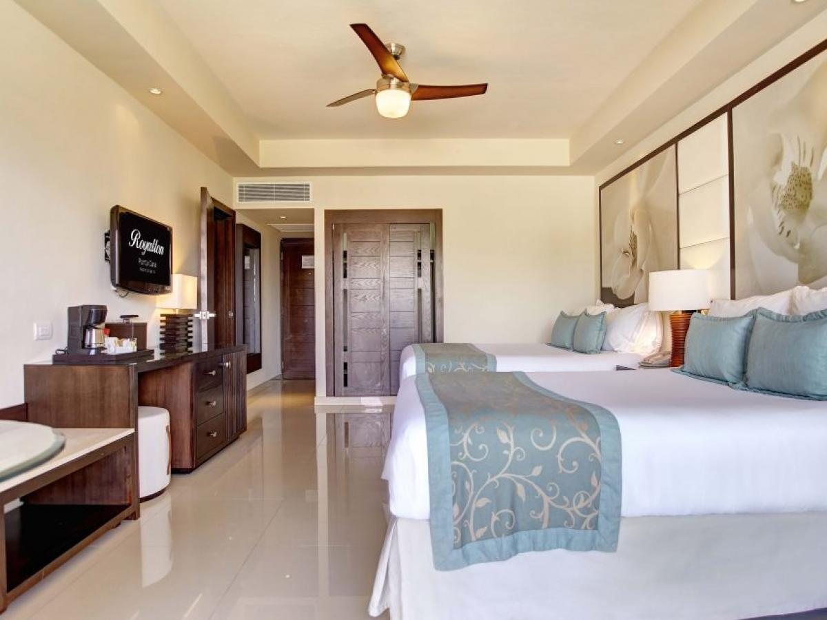 Hideaway at Royalton Punta Cana - Luxury Room