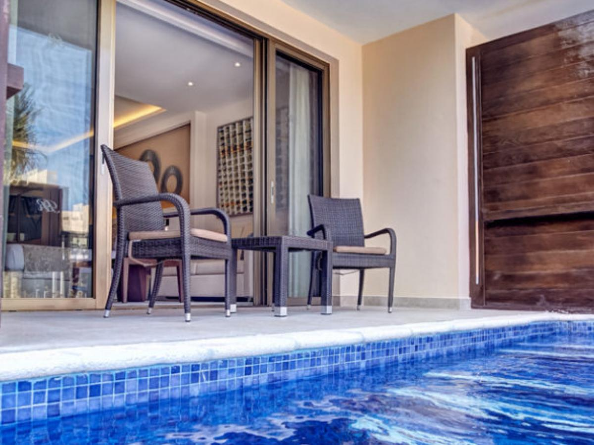 Hideaway Royalton Punta Cana - Luxury Suite Swim Out