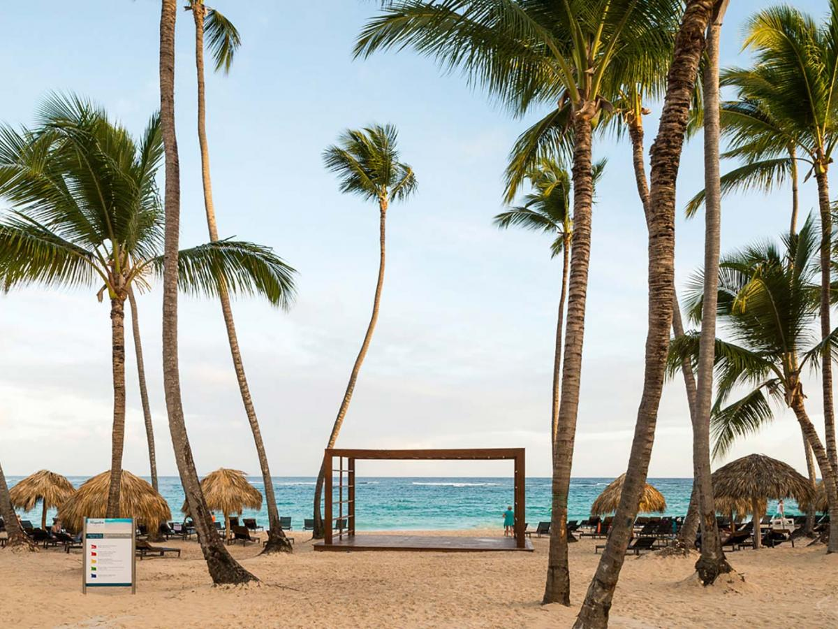 Hideaway Royalton Punta Cana - Beach