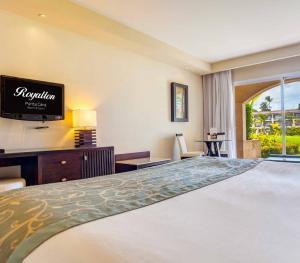 Hideaway at Royalton Punta Cana - Luxury Room