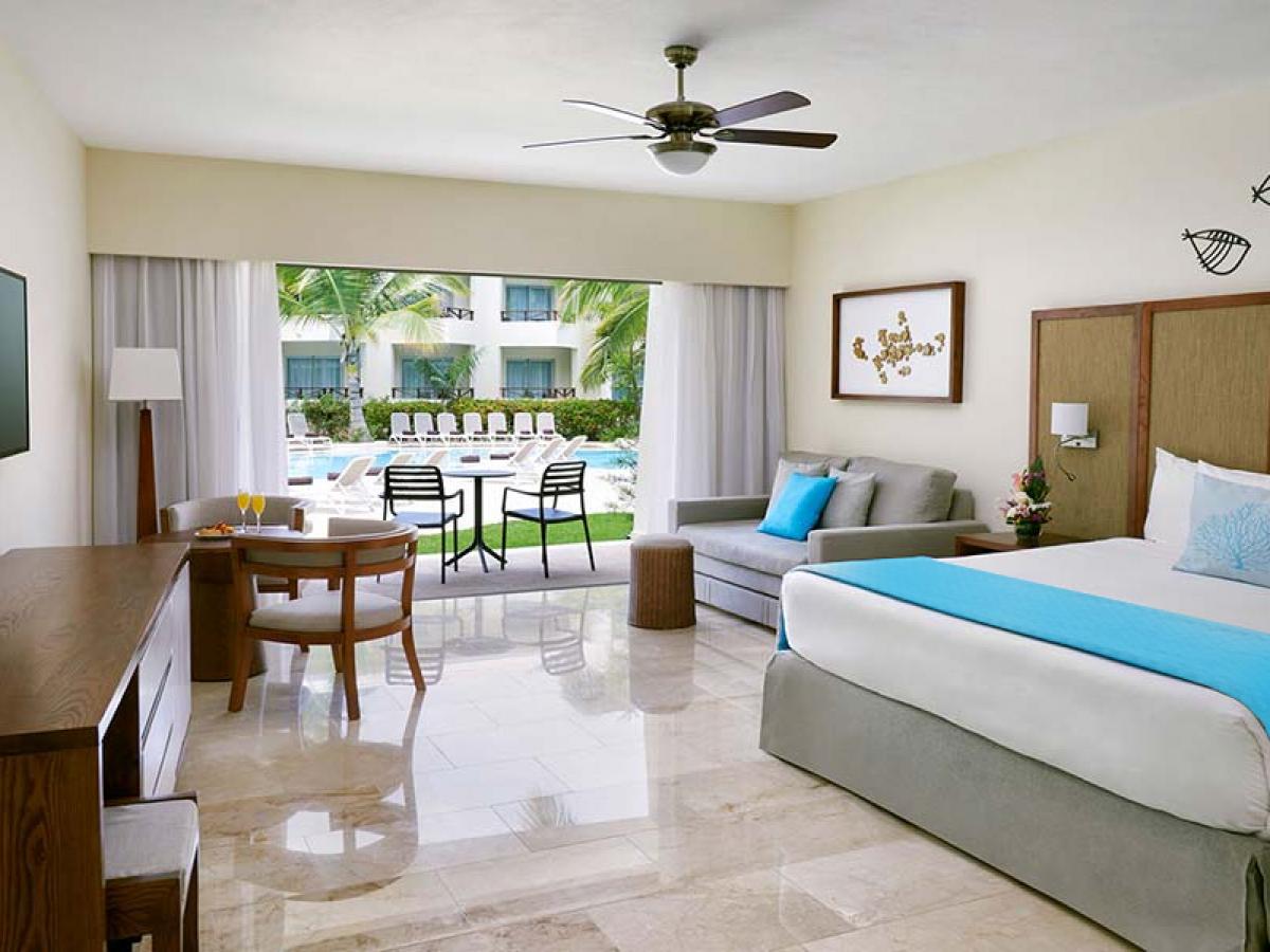 Impressive Premium - Junior Suite Pool View