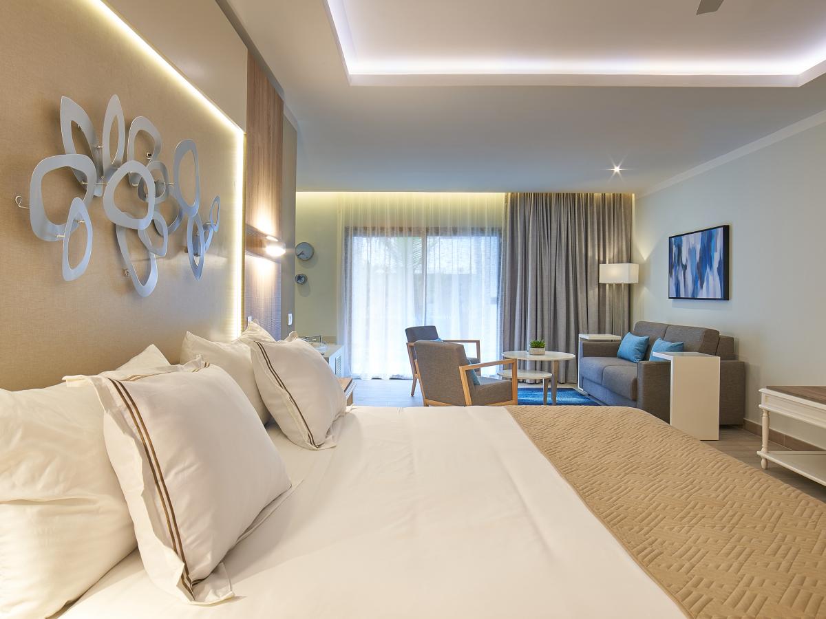Luxury Bahia Principe Ambar Deluxe Junior Suite