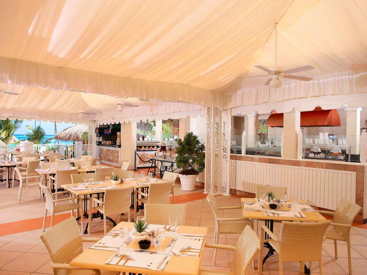Luxury Bahia Principe Esmeralda Punta Cana - Beach Restaurant