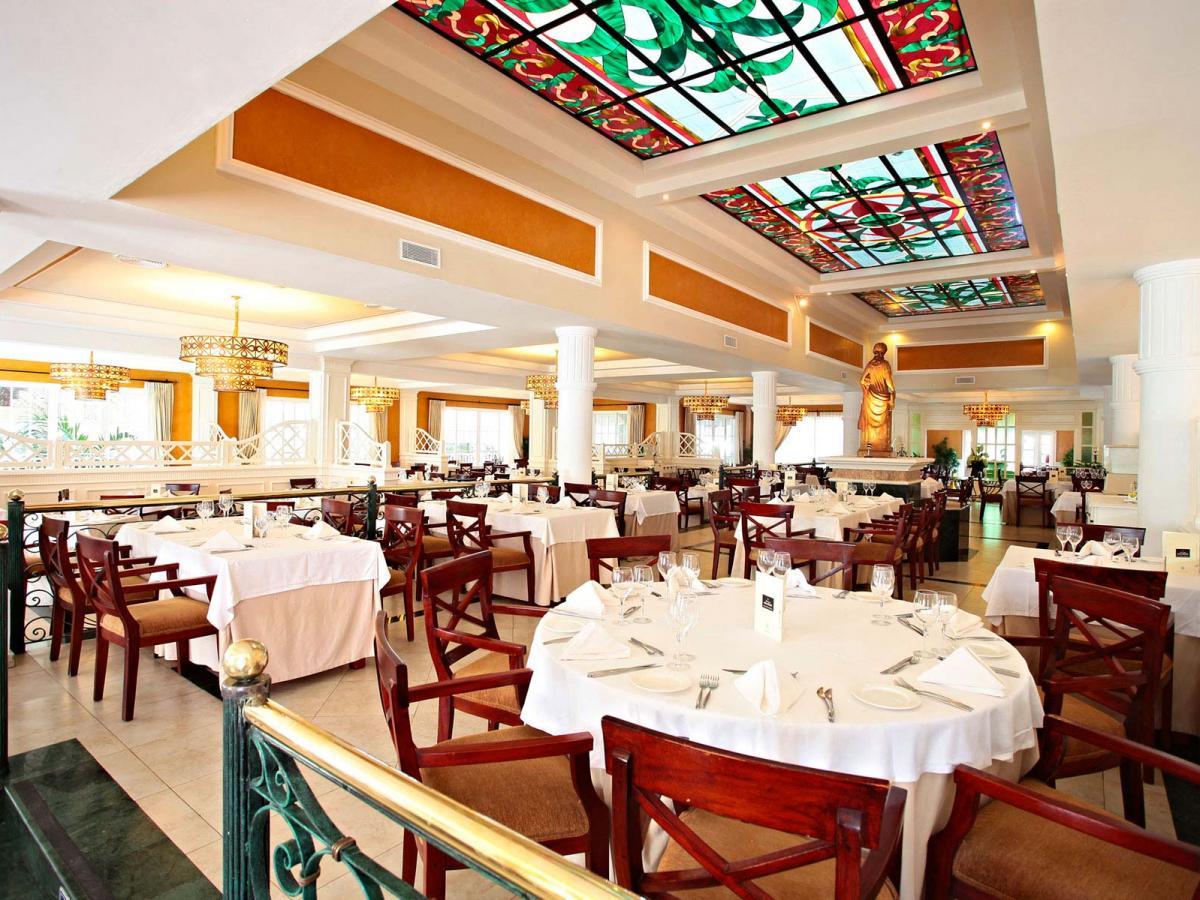 Luxury Bahia Principe Esmeralda Punta Cana - Buffet Restaurant