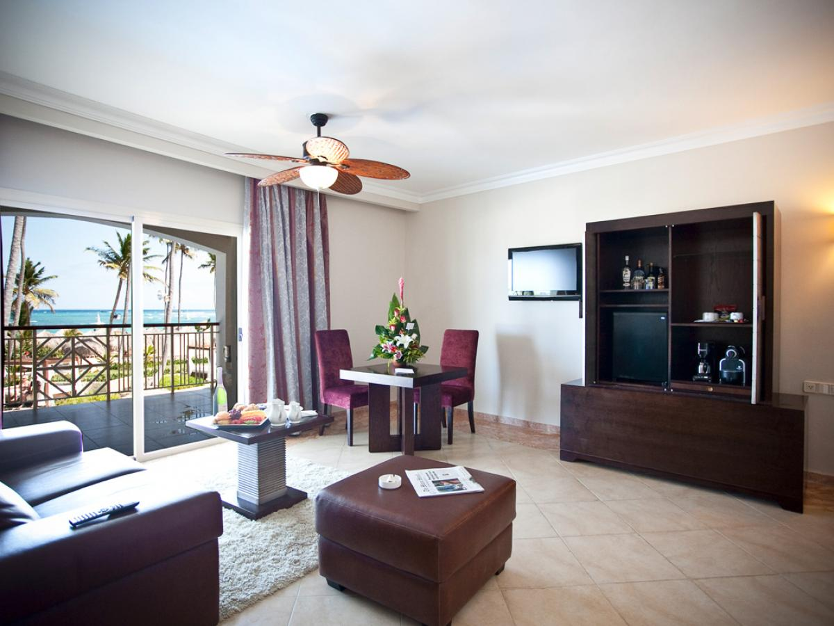 Majestic Elegance Punta Cana Dominican Republic - Elegance Club  Ocean View Suit