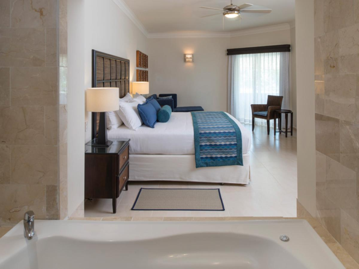 Memories Splash  Punta Cana - Deluxe Room Jacuzzi