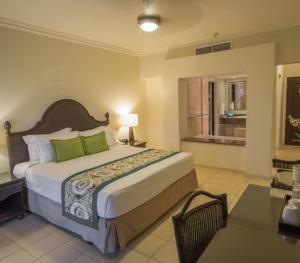Memories Splash Punta Cana Dominican Republic - Deluxe Jacuzzi Room