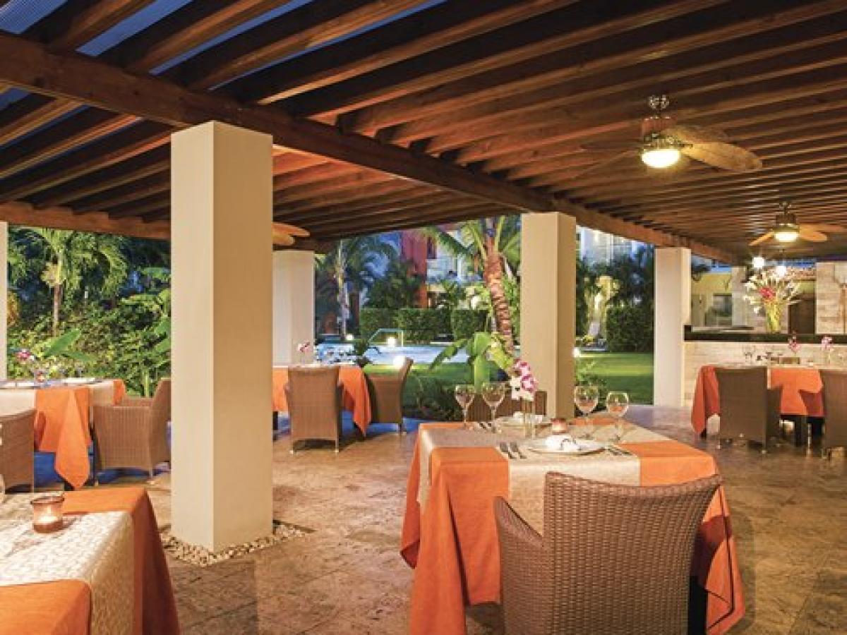NOW Garden Punta Cana Dominican Republic - Barefoot Grill
