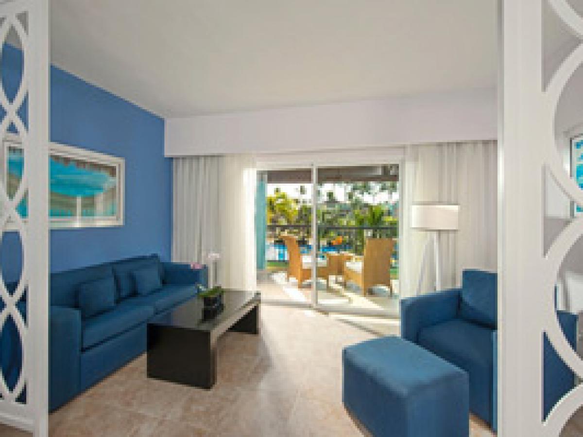 Garden View Jr. Suite