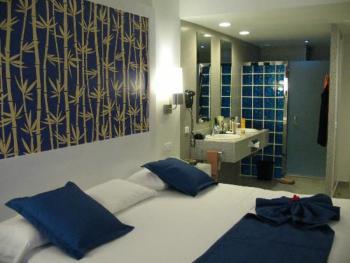 Riu Bambu Punta Cana Dominican Republic - Family Room