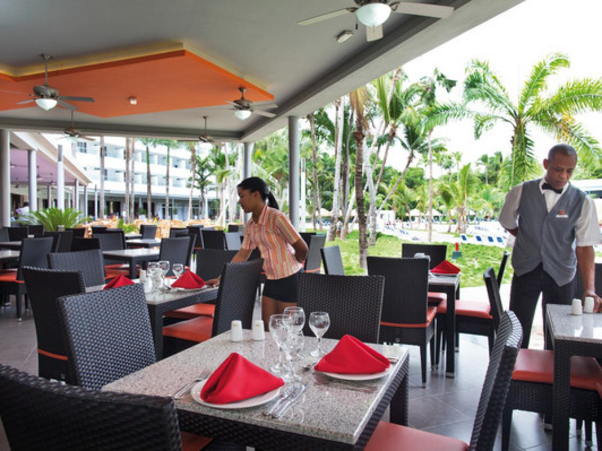 Riu Naiboa Punta Cana Dominican Republic - Poolside Restaurant