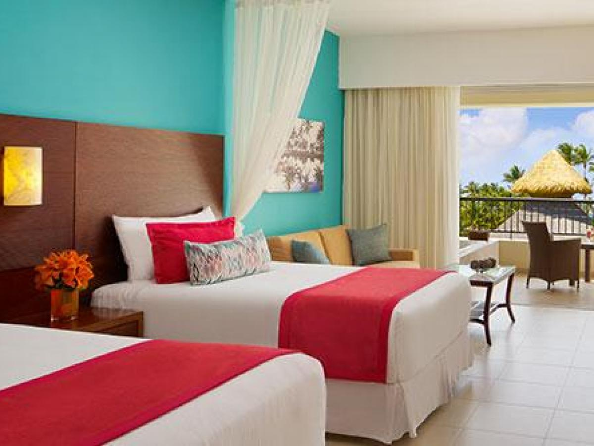 Secrets Royal Beach Punta Cana Dominican Republic - Preferred Club Junior Suite