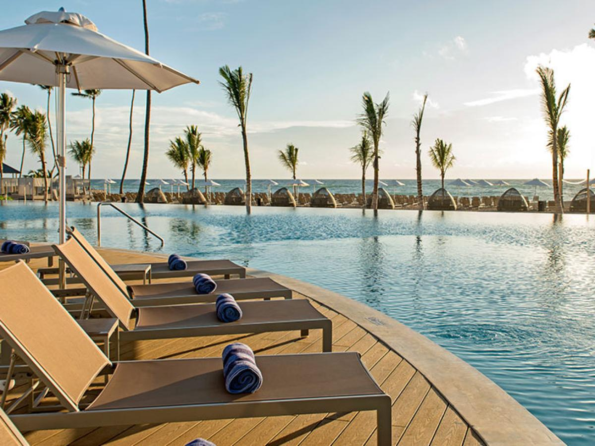Sensatori  Punta Cana - Swimming Pool