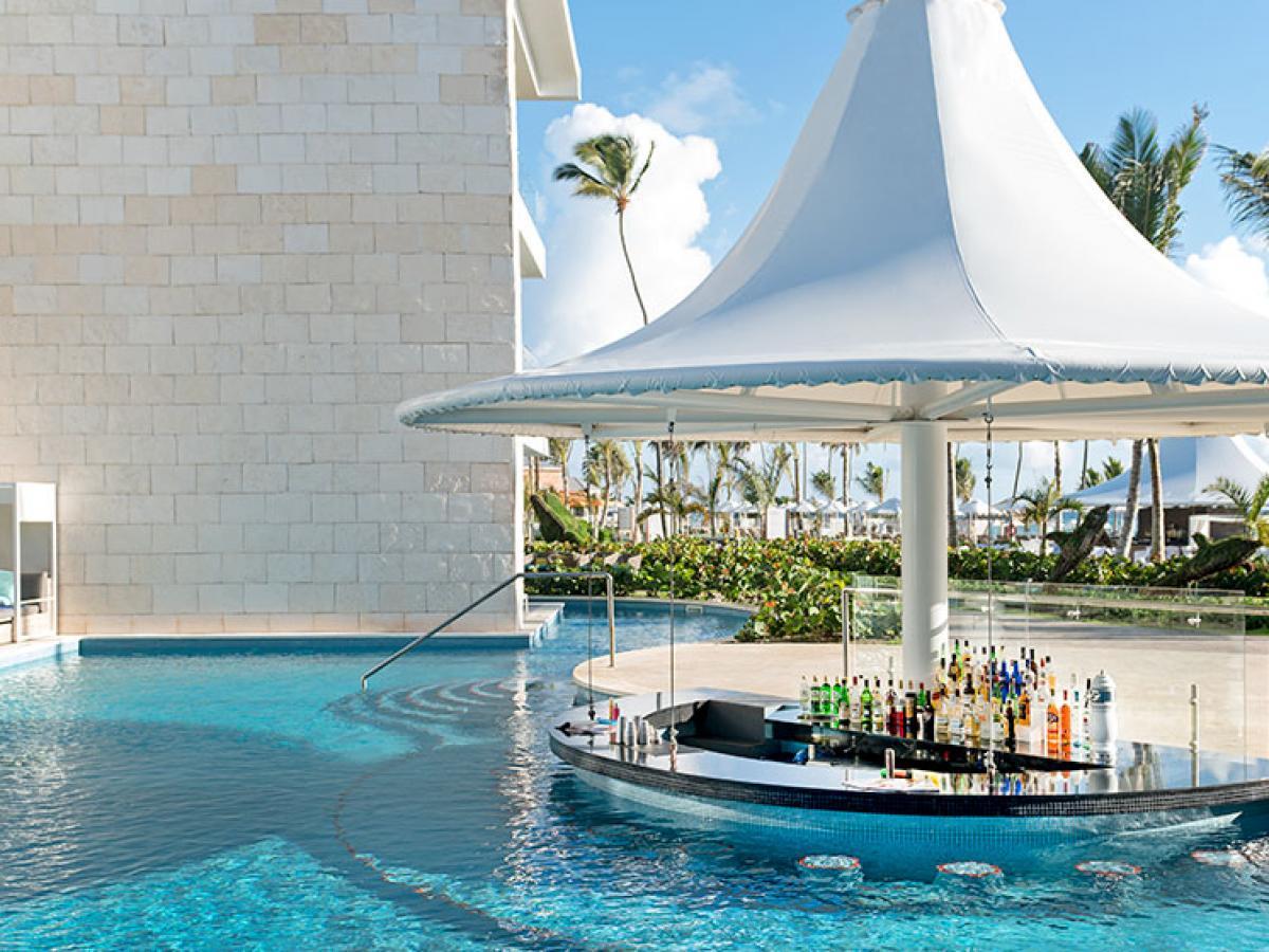 Sensatori  Punta Cana - Papaya Swim Up & Deck