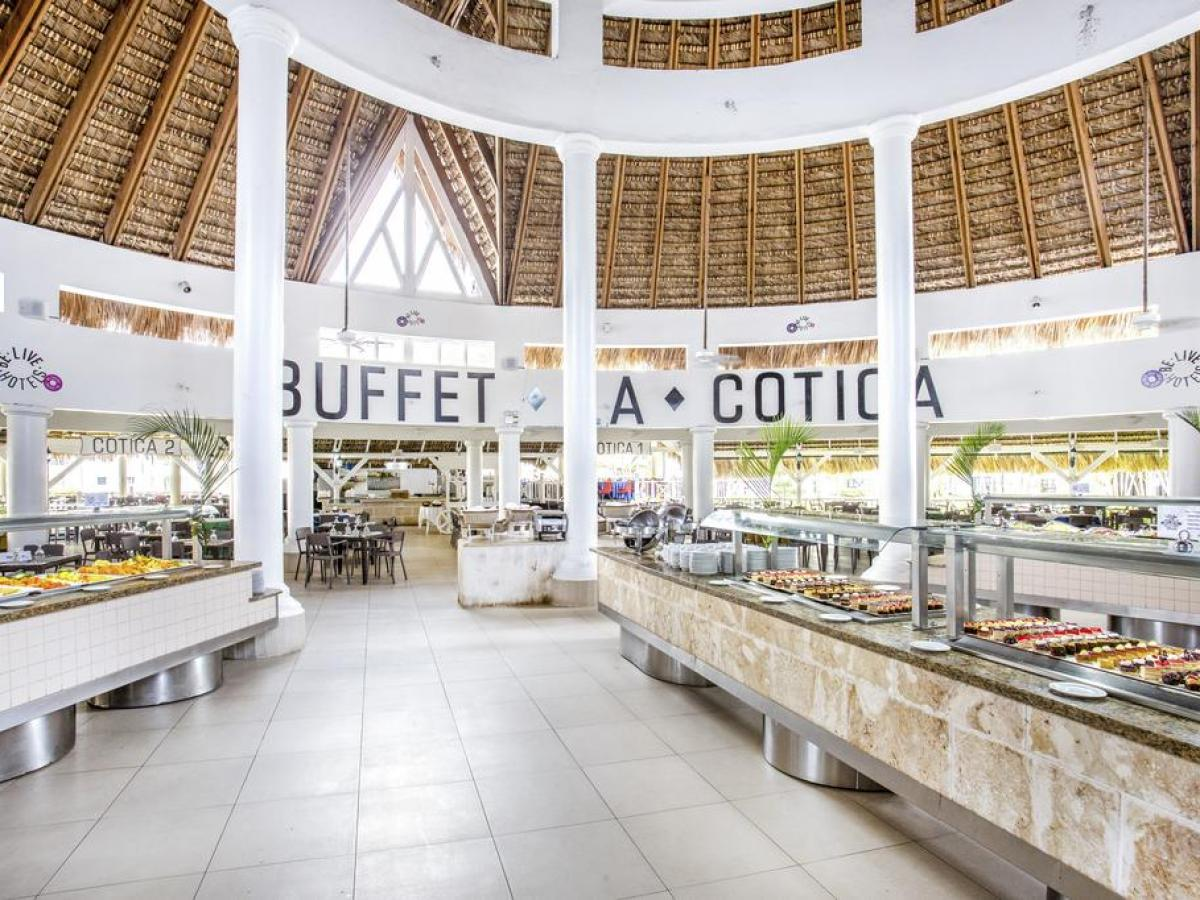 Be Live Hamaca Beach La Boca Chica Dominican Republic - Buffet