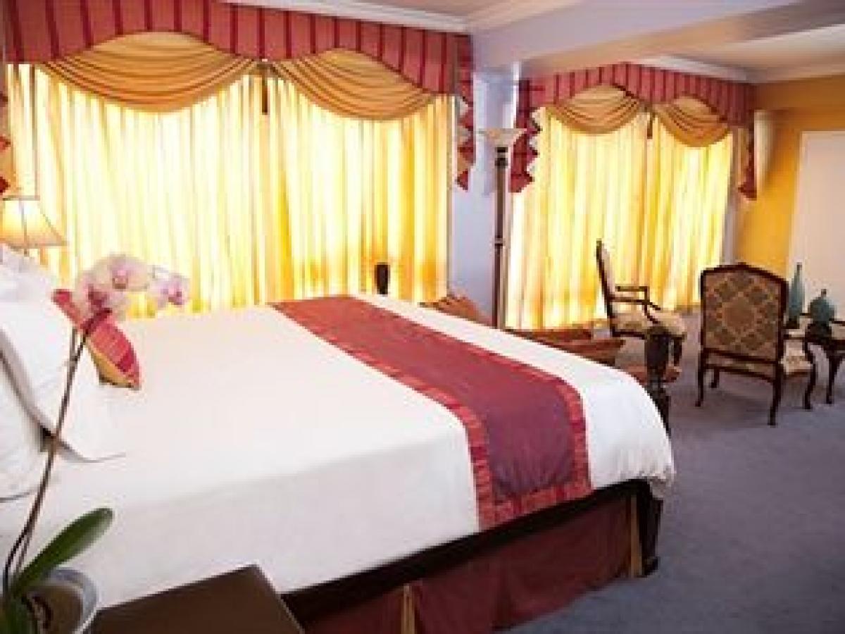 The Jamaica Pegasus Kingston - Deluxe Bedroom Suite