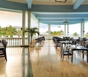 Grand Palladium Jamaica Resort & Suite Montego Bay - Mo' Bay