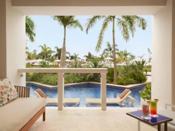 Hyatt Zilara Rose Hall Montego Bay Jamaica - Zilara Swim Up Juni