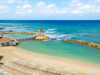 Hyatt ZIva Rose Hall Montego Bay Jamaica - Beach