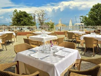 Iberostar Rose Hall Beach Montego Bay Jamaica - Sun and Fun Bar