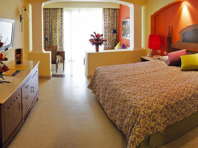 Iberostar Rose Hall Suites Montego Bay Jamaica - Ocean View Junior Suite