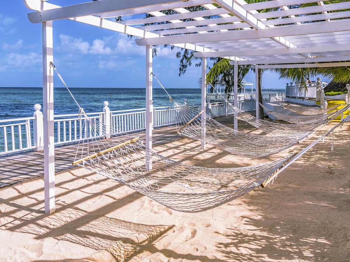 Decameron Montego Bay Jamaica - Oceanview Lounge Area