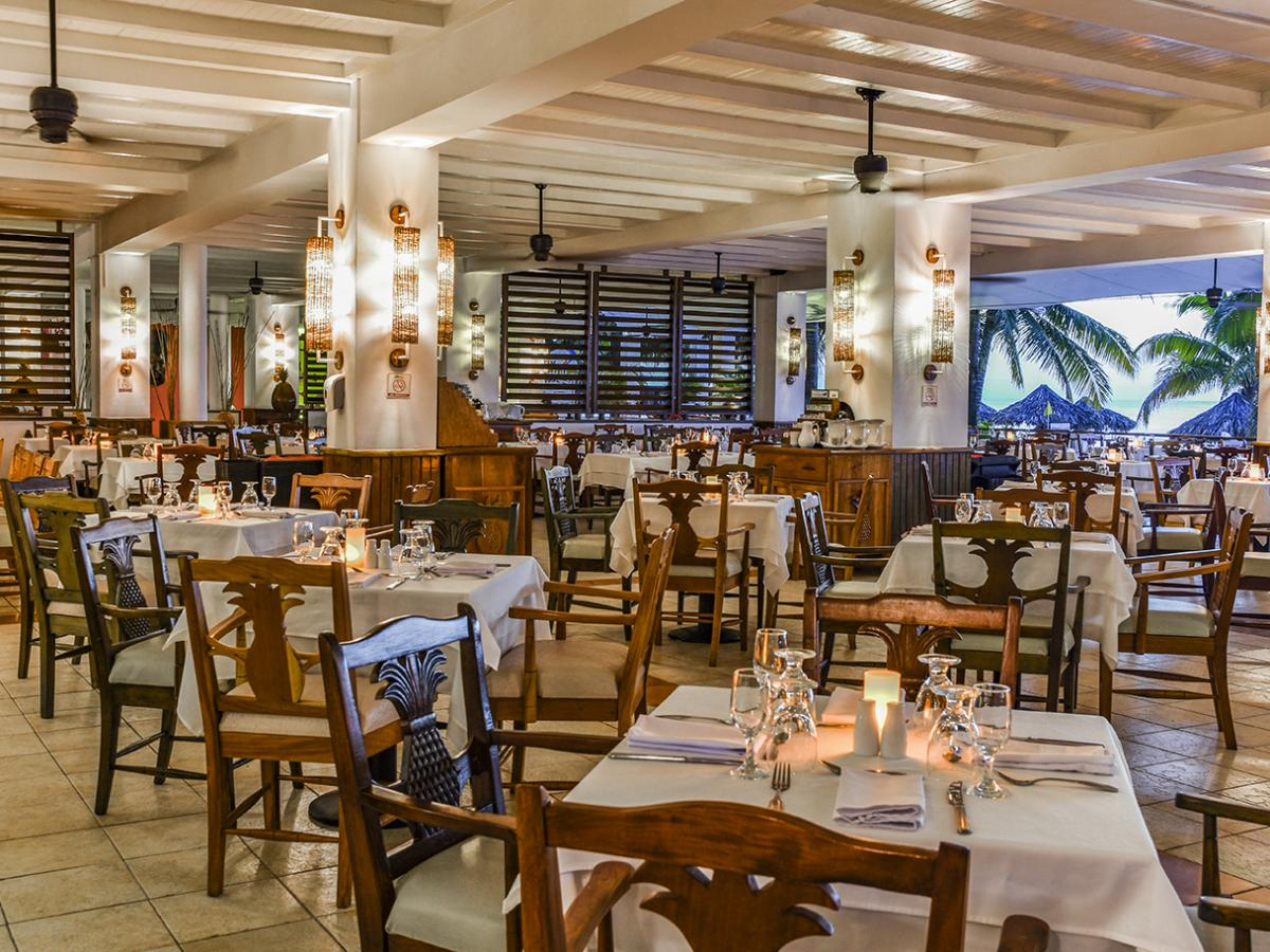 Royal Decameron Montego Bay Jamaica - Buffet Restaurant