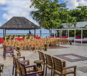 Royal Decameron Montego Bay Jamaica - Entertainment Area