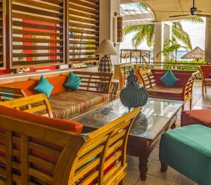 Royal Decameron Montego Bay Jamaica - Lobby